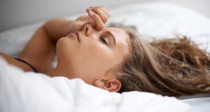 محافظت از موها در زمان خواب