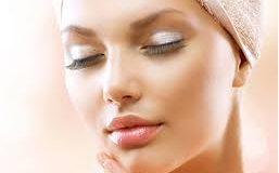 جوانسازی پوست با مصرف کرم کلاژن